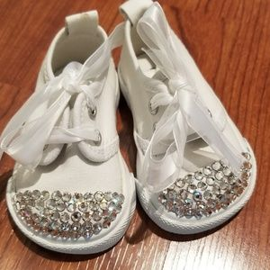 Other - NEW infants size 1 RHINESTONE white sneakers